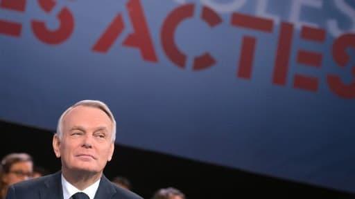 """Jean-Marc Ayrault, jeudi soir, sur le plateau de l'émission """"Des paroles et des actes"""""""