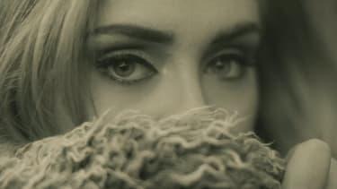 """Adele dans son nouveau clip, """"Hello"""""""