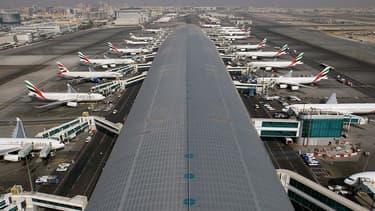 Les prix les plus bas des vols Paris-Dubaï atteignent 365 euros pour un vol avec correspondance et 448 euros pour un vol direct.
