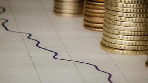 L'opinion des ménages sur leur situation financière future repart de deux points en juin.