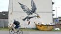 Banksy a dessiné un goéland au dessus d'une benne à encombrants