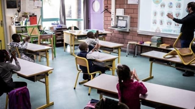 Une classe d'une école de La Courneuve, en Seine-Saint-Denis, le 14 mai 2020 (photo d'illustration)