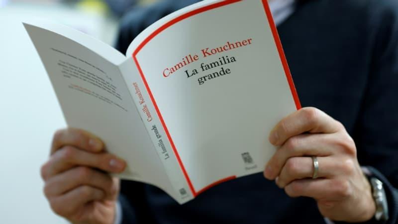"""Affaire Duhamel: """"La Familia Grande"""" de Camille Kouchner, succès littéraire de ce début d'année"""