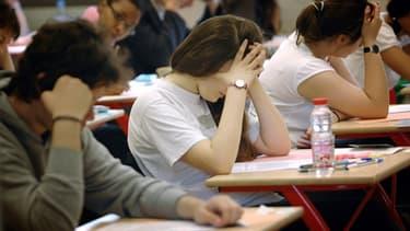 Les premières épreuves de spécialité du nouveau baccalauréat sont annulées au profit du contrôle continu en raison de la crise sanitaire