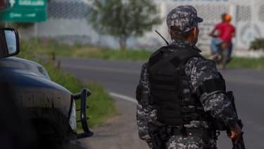 Policier mexicain. (illustration)