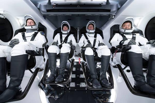 L'équipage Crew-2 qui va s'envoler vers la Station spatiale internationale