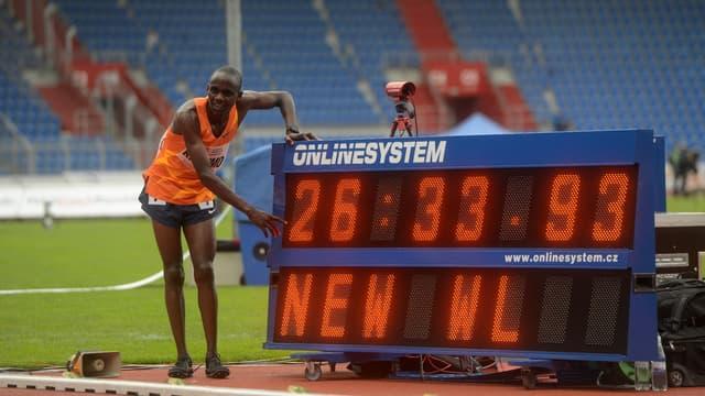 Jacob Kiplimo (Ouganda) a battu le record du monde du 10.000 m en mai 2021