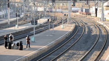 Des voyageurs en gare de Montpellier (illustration)