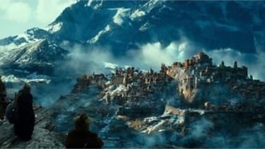 """Le premier épisode du """"Hobbit"""" a rapporté un milliard de dollars au box office."""