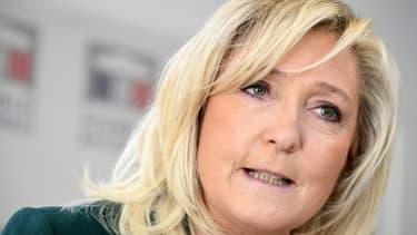 Marine Le Pen lors d'une conférence de presse à Paris le 9 mars 2021