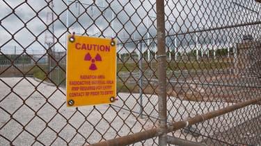 Avertissement à l'entrée d'un site nucléaire américain. (Illustration)