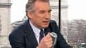 François Bayrou, le président du Modem, estime que les électeurs sont trompés depuis 20 ans par les responsables des deux principaux partis, PS et UMP.