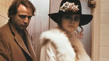 "Marlon Brando et Maria Schneider dans ""Le Dernier Tango à Paris"" de Bernardo Bertolucci en 1972"