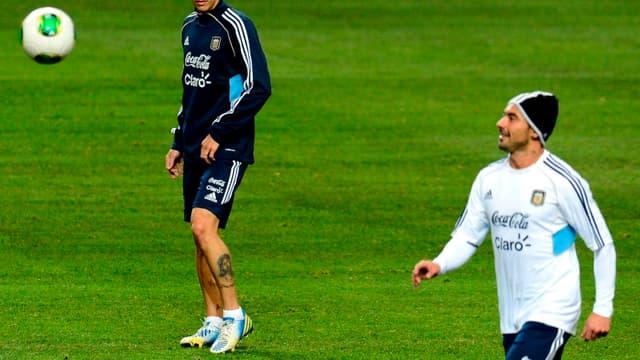 Coéquipiers en sélection argentine, Angel Di Maria et Ezequiel Lavezzi pourraient se retrouver sous le maillot du PSG