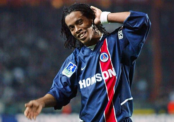 Ronaldinho face à l'OM en octobre 2002