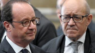 François Hollande et Jean-Yves Le Drian le 28 avril 2017.