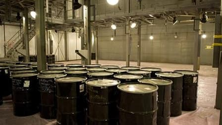 Déchets radioactifs entreposés sur le site de Pierrelatte, dans le sud de la france. Le président américain Barack Obama réunit, lundi et mardi à Washington, un premier sommet sur la sécurité nucléaire dans le monde pour tenter d'éviter que des armes atom