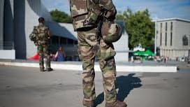 Un militaire de l'opération Sentinelle à Paris (image d'illustration)