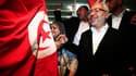 Rachid Ghannouchi, chef du parti islamiste Ennahda, célèbre la victoire désormais officielle de sa formation aux élections constituantes en Tunisie. Ennahda a remporté 90 des 217 sièges, très loin devant les autres partis, crédités au mieux de 30 sièges.