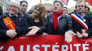 Jean-Luc Mélenchon, coprésident du Parti de Gauche, manifeste contre l'austérité à Toulouse le 1er juin 2013.