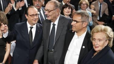 Jacques Chirac et François Hollande sont arrivés ensemble vendredi à la cérémonie de remise des prix de la Fondation Jacques Chirac.