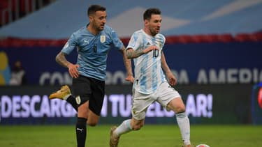 Lionel Messi lors du match Argentine-Uruguay en Copa America