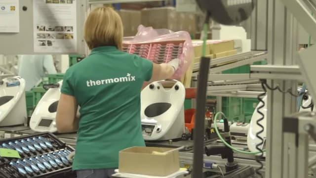 La firme allemande Vorwerk a doublé la taille de son site de production de Thermomix basé en France en Eure-et-Loir et a embauché 170 personnes pour satisfaire une demande croissante.