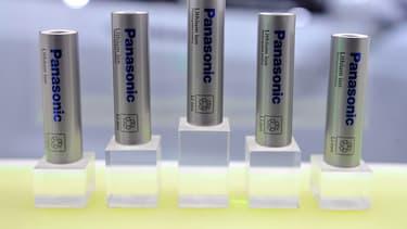 L'enquête de la Commission a révélé que Samsung, Sony, Panasonic et Sanyo ont eu des contacts pour éviter de se livrer une concurrence agressive sur les batteries ion-lithium rechargeables.