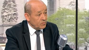 Jean-Yves Le Drian, le ministre de la Défense, appelle Jérôme Cahuzac à ne pas tenter de nouveau mandat électoral.