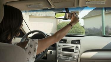 """Avec les offres """"pay as you drive"""", les jeunes conducteurs peuvent prouver leur bon comportement au volant et réduire substantiellement le montant de leur prime d'assurance."""