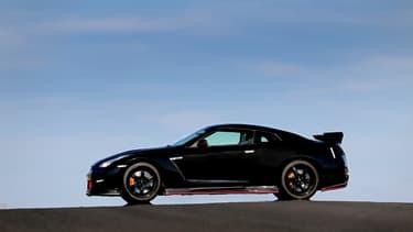 Il faudra encore attendre pour voir arriver la remplaçante de l'actuelle Nissan GT-R, qui date de 2007.
