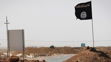 La bannière noire de Daesh (image d'illustration)