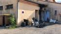 Un feu d'origine électrique s'est déclenché dans le restaurant du plan d'eau de la Germanette à Serres (Hautes-Alpes), le dimanche 22 août 2021.