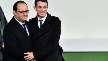François Hollande et Manuel Valls à l'ouverture de la COP21 le 30 novembre 2015 au Bourget
