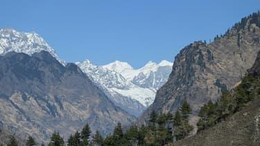 Des sommets de l'Himalaya vus depuis le district de Chamoli (Etat de l'Uttarakhand), en Inde, le 11 février 2021 (photo d'illustration)