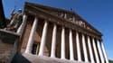 Au-delà de deux absences mensuelles, les députés sont sanctionnés à hauteur de 353 euros par absence