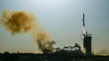 Une fusée Longue Marche-2C a décollé à 08H43 (00H43 GMT) de la base de lancement de Jiuquan.