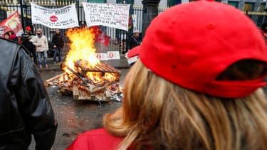 Un mouvement social historique contre l'austérité en Belgique paralyse le pays ce 15 décembre.