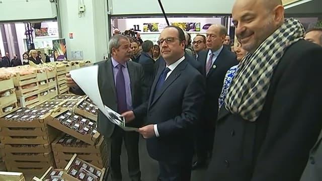 François Hollande était en visite à Rungis, ce lundi matin. C'est la deuxième fois qu'il s'y rend depuis le début de son quinquennat.