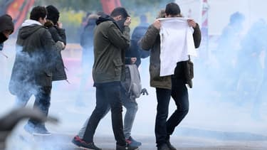Les forces de l'ordre ont fait usage de gaz lacrymogènes mercredi à Nantes en marge de la manifestation contre la loi travail.