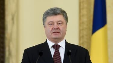 Le président ukrainien, Petro Porochenko, a accueilli avec enthousiasme le retour au pays de deux Ukrainiens qui étaient détenus en Russie. (Photo d'illustration)