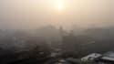 Vue de Pékin recouverte d'un nuage de pollution, en 2007.