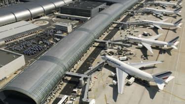 L'État s'apprête à privatiser Aéroports de Paris.