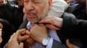 Après vingt-deux ans d'exil, Rachid Ghannouchi, chef de file du mouvement islamiste Ennahda, a regagné dimanche la Tunisie où plusieurs milliers de personnes l'attendaient. /Photo prise le 30 janvier 2011/REUTERS/Louafi Larbi