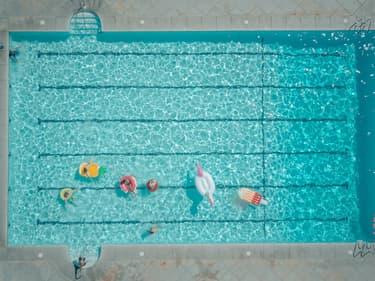 La France compte 3,2 millions de piscines.
