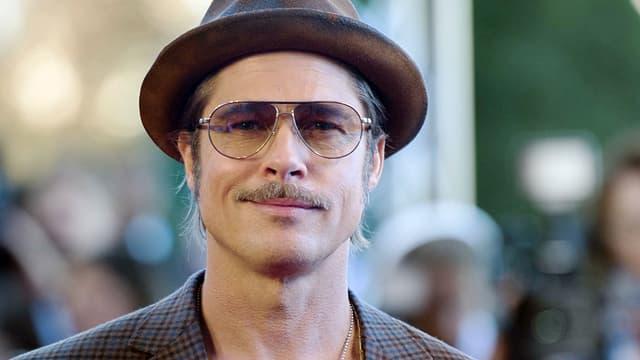 """Brad Pitt était à Paris samedi à l'occasion de la sortie de """"Fury""""."""