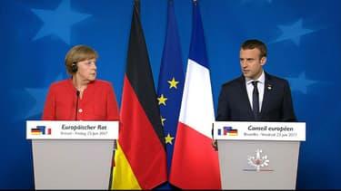 Angela Merkel et Emmanuel Macron en conférence de presse à la sortie du Conseil européen, le 23 juin 2017 à Bruxelles.