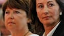 Ségolène Royal (à droite) en compagnie de Martine Aubry fin août à La Rochelle. Les dirigeants du Parti socialiste ont appuyé vendredi le plaidoyer de la présidente de la région Poitou-Charentes pour maintenir le droit à la retraite à 60 ans si le PS revi