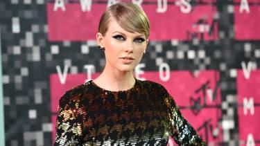 Taylor Swift aux MTV Music Video Awards à Los Angeles en août 2015