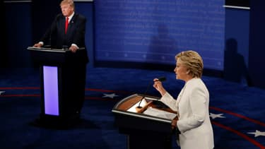Hillary Clinton et Donald Trump, lors de l'un de leurs trois débats présidentiels.